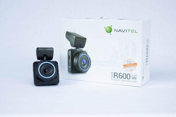 NAVITEL R600 pudełko